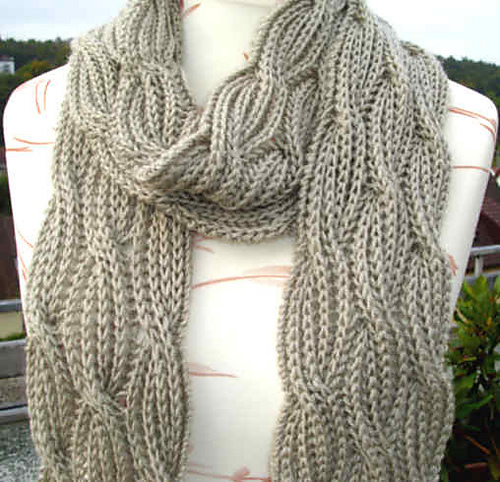 Mini Layla Chunky Scarf Free Knitting Pattern Wool And Stitch